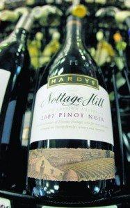 Pourquoi des bouteilles de vins chers sont-elles si lourdes? dans alcools et boissons vins-de-marque1-187x300